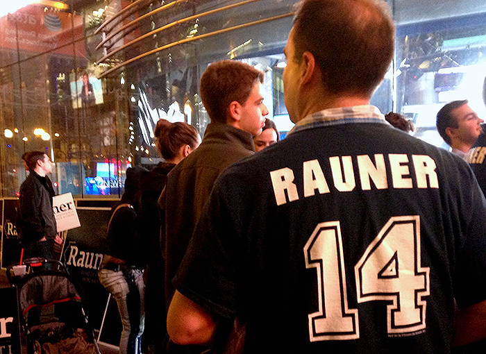 Bruce Rauner Supporters Photo